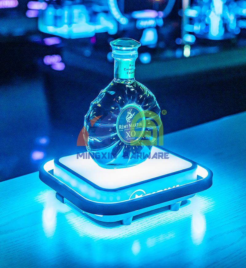 Metal One Bottle Spirits LED Bottle Glorifier