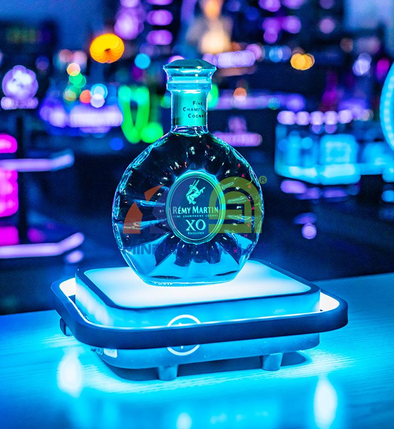 Metal One Bottle Spirits LED Bottle Glorifier